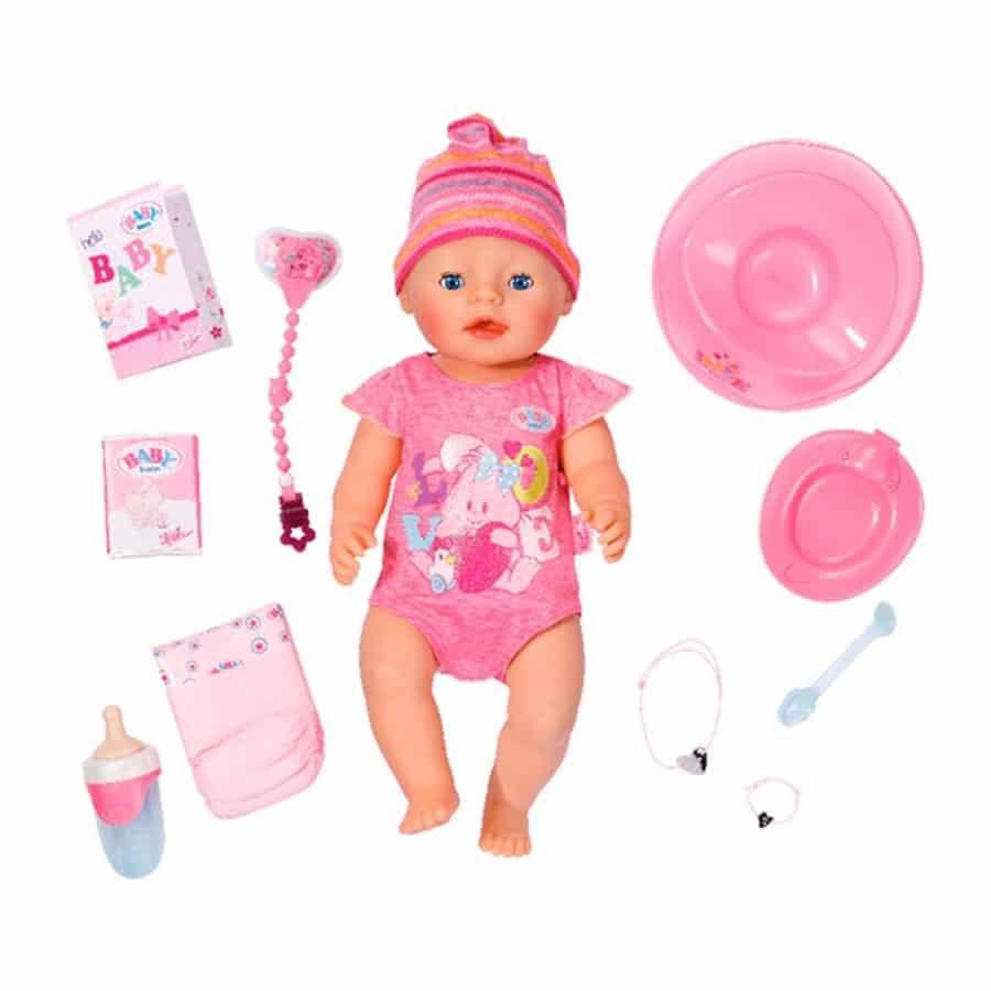F064 Baby born met kleertjes